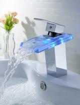 Смеситель-водопад с подсветкой воды Murano A00191