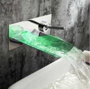 Встраиваемый смеситель-водопад с LED-подсветкой воды Plate 977
